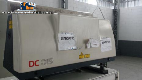 Máquina de corte a laser Jenoptik DC 015
