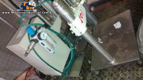 Batoqueira eletropneumática e recravadeira manual com pinça